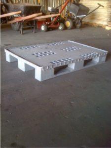 plastic used 48 x 32 pallet