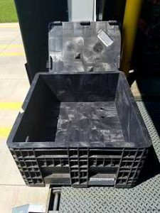 Used 30x32x18 Fixed Wall Bulk Container w/ Lids